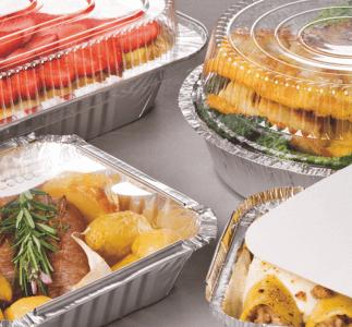 Contenitori in alluminio e coperchi in cartone per alimenti